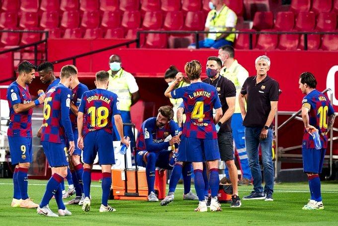 بديل كوليبالي.. نابولي يستهدف ضم مدافع برشلونة!