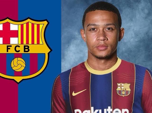 قرار نهائي من برشلونة في صفقة ديباي