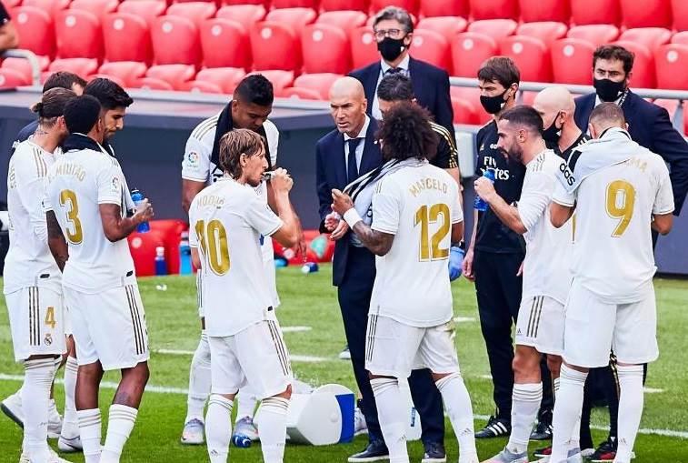 ريال مدريد يبلغ ثنائي الفريق بالرحيل على سبيل الإعارة