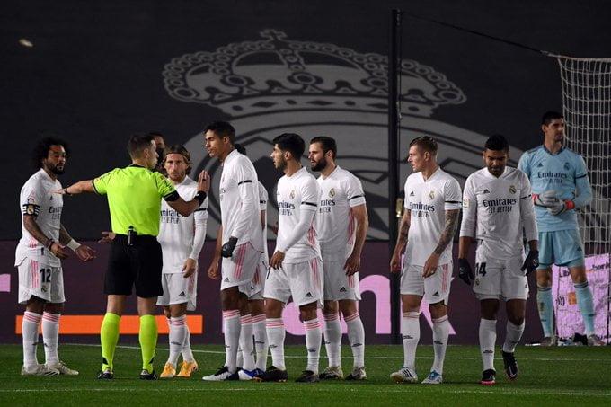 """اتفاق مبدئي.. الكشف عن وجهة """"طريد"""" ريال مدريد"""