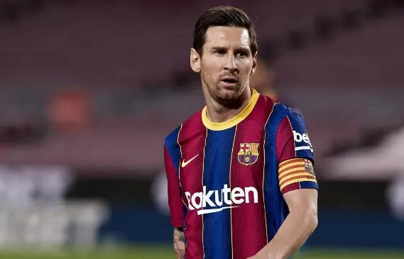 المؤامرة الكبري .. خمسة لاعبين يطلبون رحيل ميسي عن برشلونة