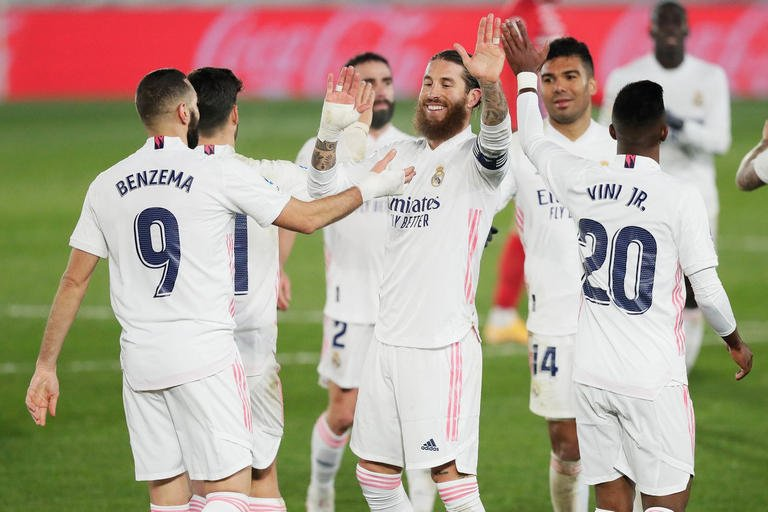 حرب بين اليونايتد وباريس لضم نجم ريال مدريد