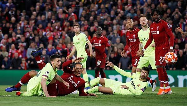 مساعد فالفيردي يكشف مفاجأة عن فضيحة برشلونة أمام ليفربول بدوري الأبطال