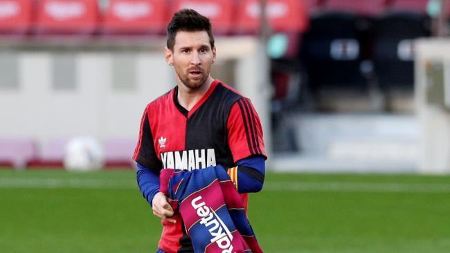 برشلونة يفاوض معشوق ميسي لضمه مجانا في الصيف