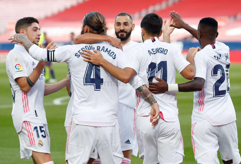 """خطوة تفصل """"المطرود"""" من ريال مدريد عن الانتقال للبوندزليجا"""