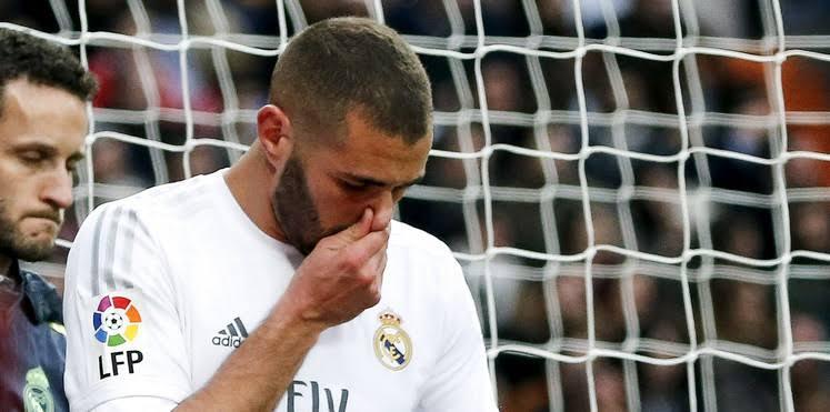 بنزيمة يثير ذعر جماهير ريال مدريد