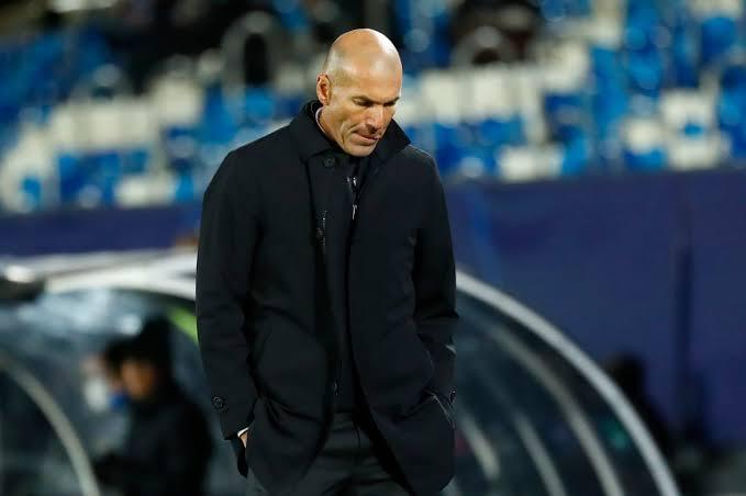 زيدان يمنع رحيل ثنائي ريال مدريد