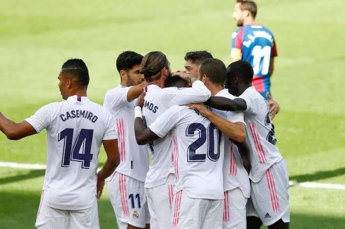"""صدمة للجماهير.. ريال مدريد يؤجل صفقة """"القاطرة"""""""