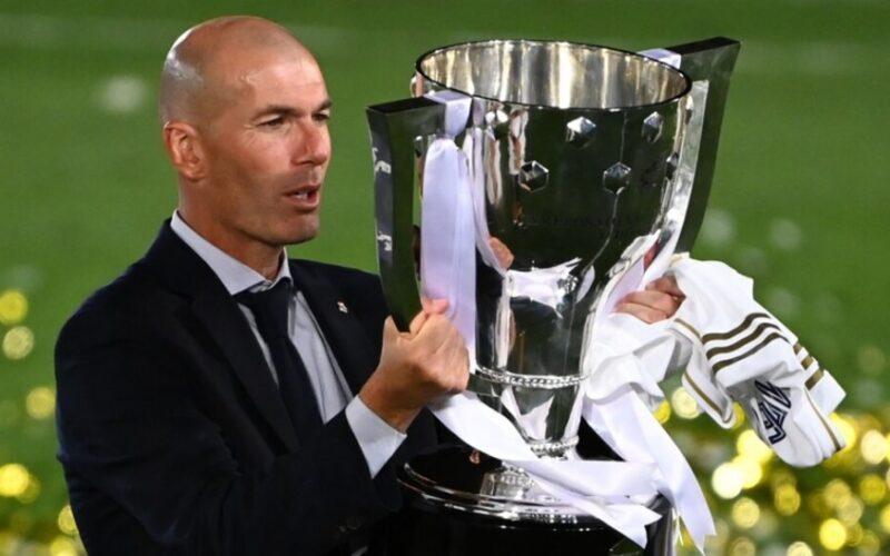 حلم زيدان يُقدم فروض الولاء إلى ريال مدريد