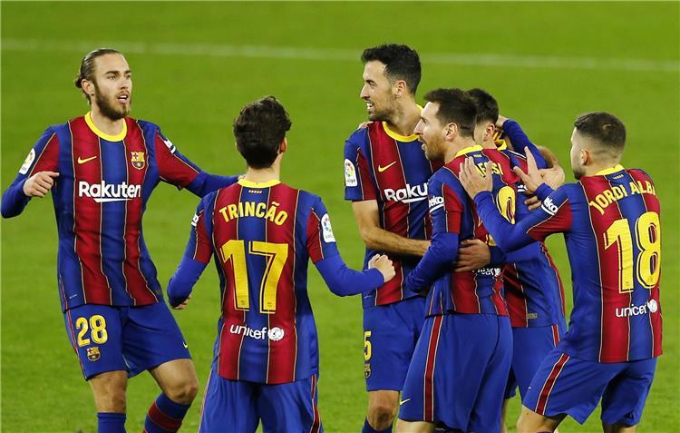 كومان يرفض المخاطرة.. برشلونة يفقد لاعبه أمام بلد الوليد