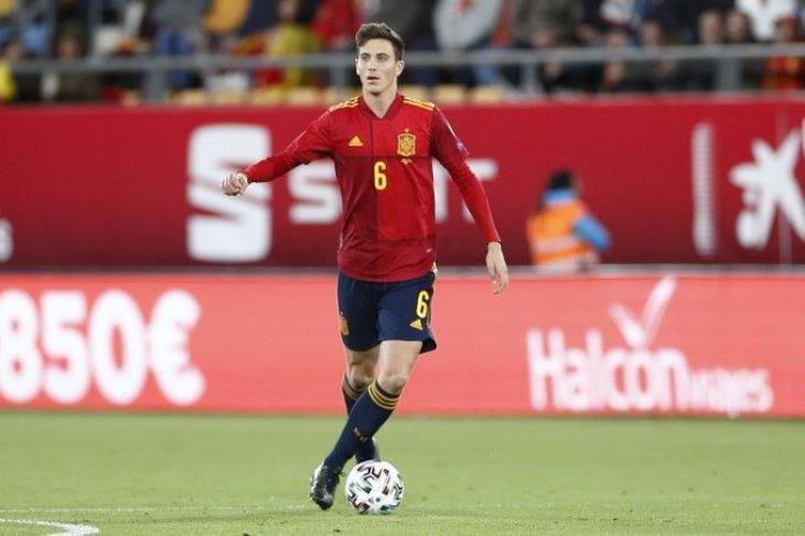 ريال مدريد يؤجل التعاقد مع صخرة دفاع منتخب إسبانيا