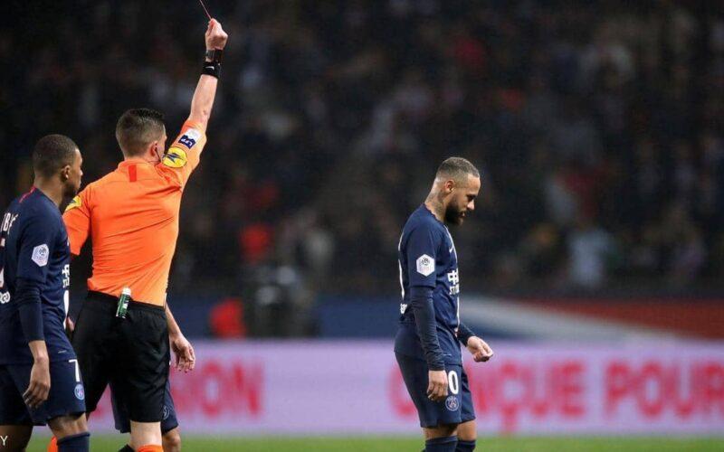 نيمار مُهدد بالإيقاف 3 مباريات لهذا السبب