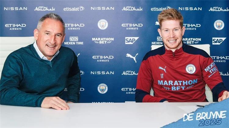 دي بروين يوقع عقداً جديداً مع مانشستر سيتي