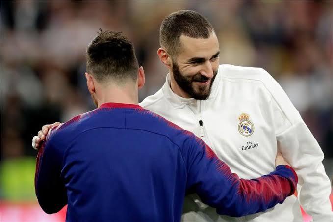 بنزيما يطلب من مواطنه الانضمام لريال مدريد