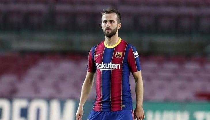 بيانيتش يحسم مصيره النهائي مع برشلونة بقرار ناري