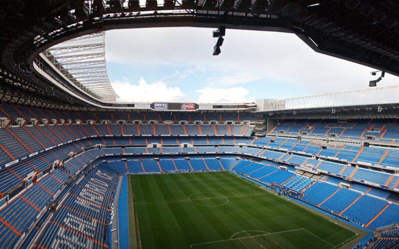 """هل يذهب لملعب """"الأعداء""""؟.. الكشف عن ملعب ريال مدريد في الموسم الجديد"""