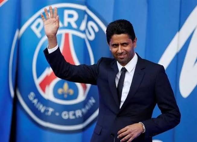 """الصفقة الثالثة .. باريس يخطف """" الأخطبوط """" من برشلونة"""