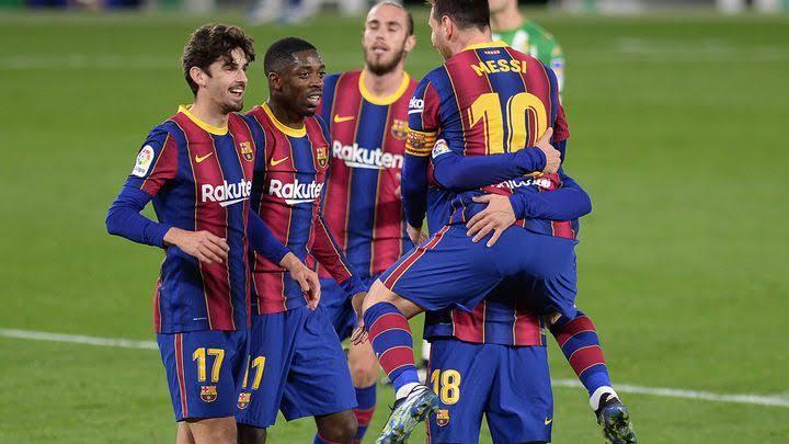 """قرار حاسم .. برشلونة يطرد """" الثنائي """" الذهبي"""