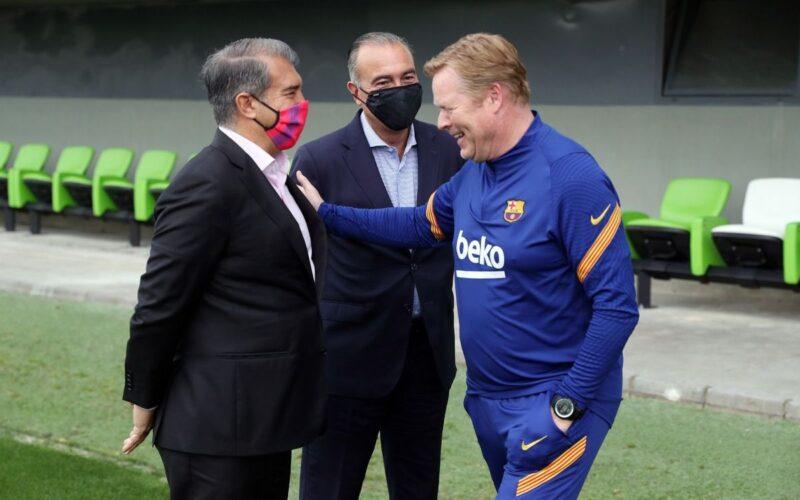 وكيل كومان يفتح النار على برشلونة